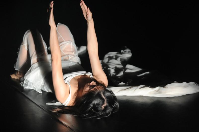 《緣舞場三十七.自主舞蹈馬拉松》(i-舞蹈節(香港)2012) 攝影:張志偉