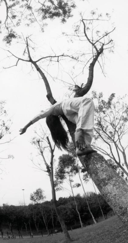 《鼓舞同歡在公園》的環境舞蹈。 攝影 鴻飛