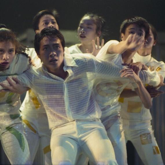 《昏迷II ─ 尋找失去的感覺》1997年於藝術中心壽臣劇院之演出。